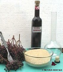 vlierbessensiroop maken vlierbessiroop vliersiroop siroop vlier bessen vlierbessen recept tegen hoest