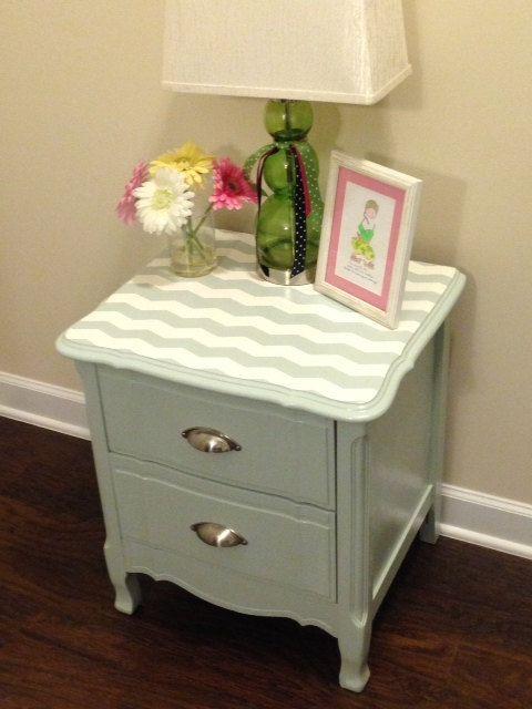 chevron end table 70 furniture redo makeover diy refinish refurbish vintage chic check refurbished night