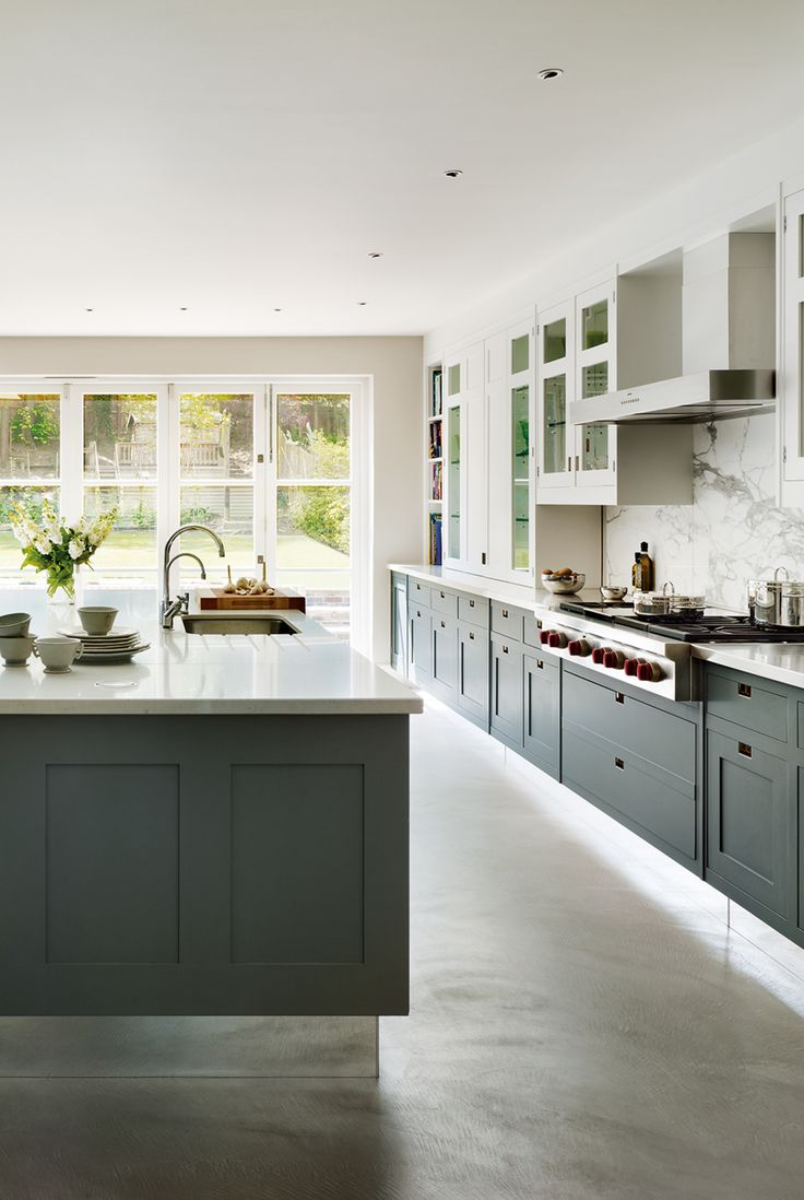3 smallbone of devizes bowater kitchen hand painted macassar contemporary