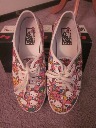Hello Kitty Vans size W7.5 | eBay
