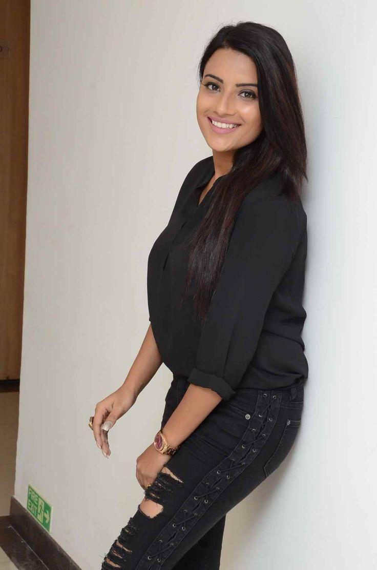 Actress Jyothi Sethi Spicy Stills ★ Desipixer  ★