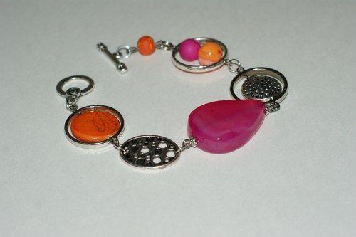 Summer trends - Fuchsia and orange modern bracelet  | LesBijouxLibellule - Jewelry on ArtFire