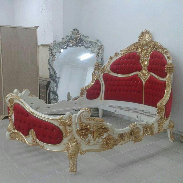 Modern bedroom pinisi bed  Finishing Gold Kombinasi for order please contact us on Whatsapp 085640237071 Call 082331583274 Bedside in Jepara Jawa Tengah