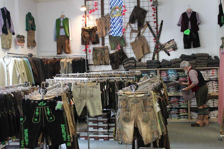 im Outlet Bayerstr. 57 in München vom 15.06.16 bis 15.10.16 findet man viele günstige Lederhosen