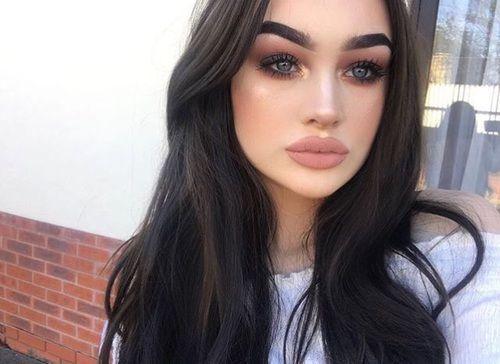 grafika girl, makeup, and fashion