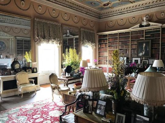 3924 best Historical Interiors images on Pinterest   Classic ...