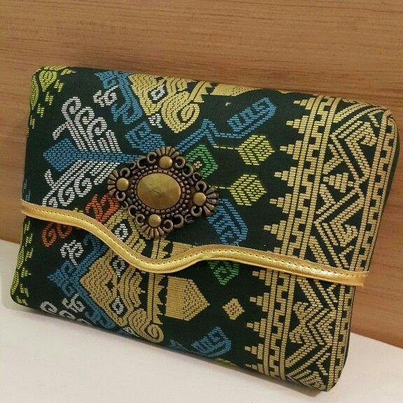 Dompet Batik Tenun