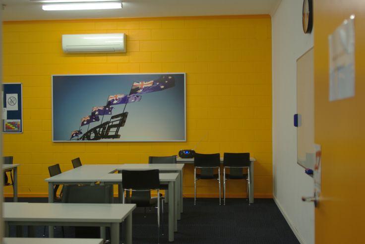 Lexis English School