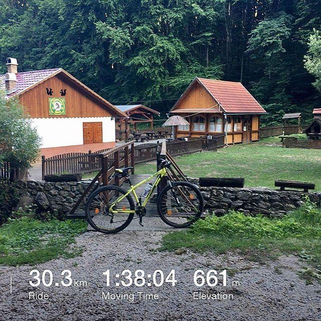 After work.....🚴 #cycling #cyclinglife #cyclinggirl #ktm #ktmlove #ktmbikes #mountainbike #mountainbiking #mtb #mtblove #mtblife #miskolc #hungary #hungariangirl #photo #photography #photooftheday #iphone6s #iphoneonly #iphonography #nature #naturelovers #naturalbeauty #diet #nevergiveup #justdoit #mynewlove #lovecycling #mynewbike #garadna Natural Beauty from BEAUT.E