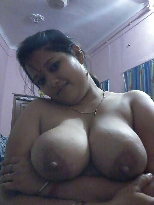 A bengali slut fucked in a 3some by indians - 2 part 8