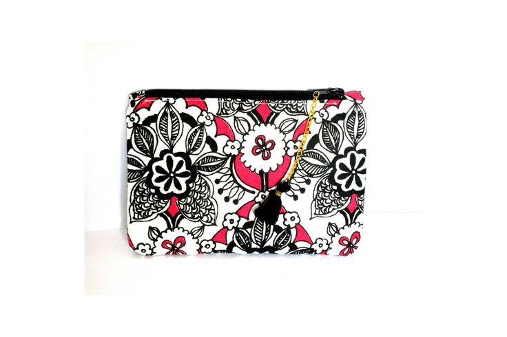 Trousse à maquillage pour le sac a main ,porte monnaie, coton, petites fleurs roses et noires, avec fermeture éclaire, : Trousses par les-petits-pois-sont-happy