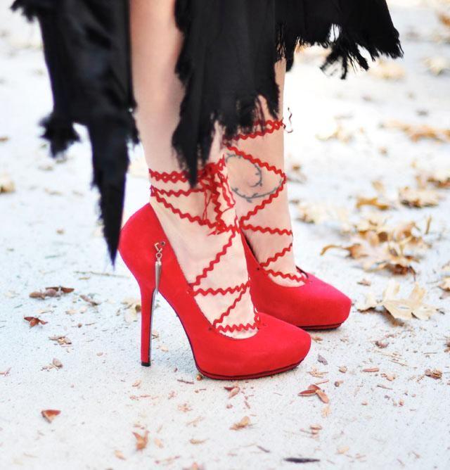 DIY Shoes : DIY Lace Up Heels