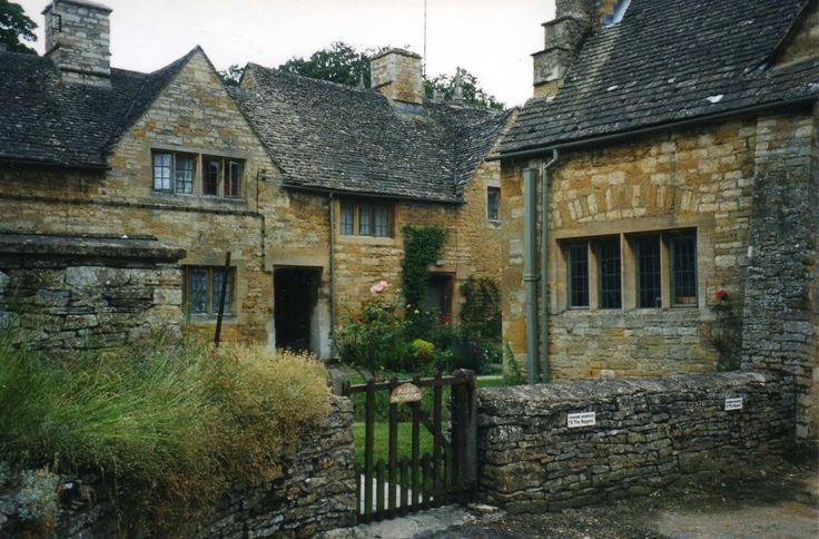 276 best Cottages and Cozy Dreams... images on Pinterest Quaint English Cottages