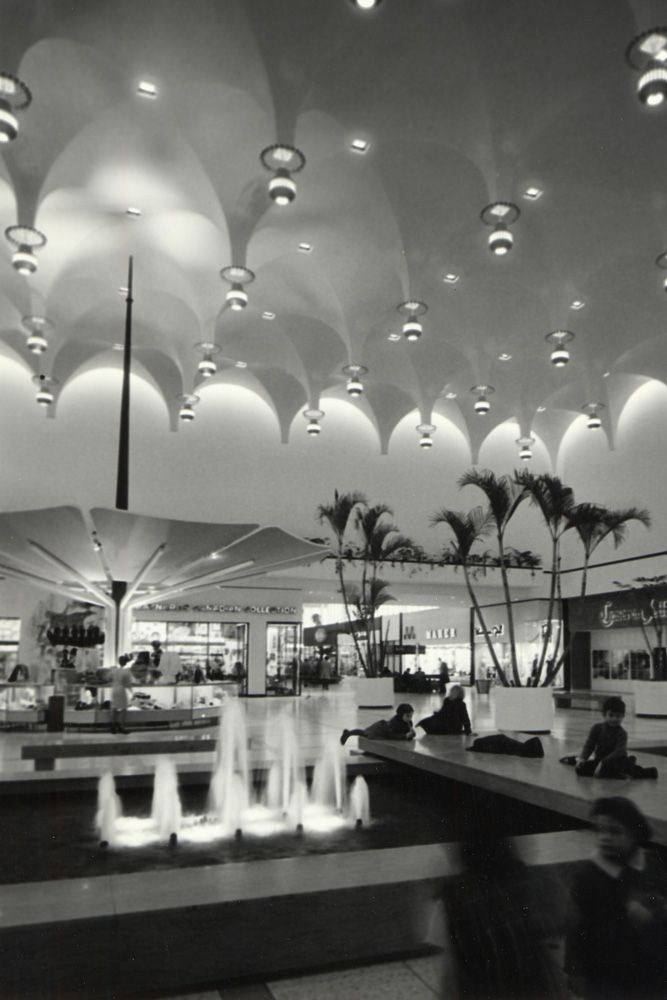 Slideshow: seven vintage photos of Yorkdale when it first opened half a century ago