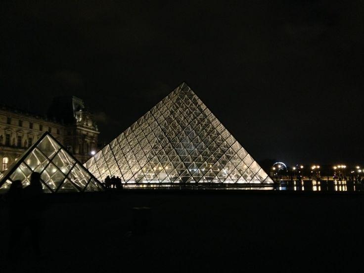 Paris!  www.jetaimeskippy... thinks this is sublime!  www.jetaimeskippy... thinks this is sublime!   #Webdesigner #traveller #Paris #Australian #jetaime #skippy #iloveyouskippy