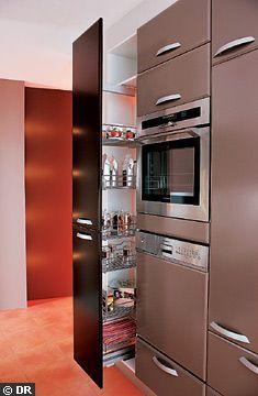 Les 25 meilleures id es de la cat gorie colonne de rangement cuisine sur pinterest colonne - Four en hauteur cuisine ...