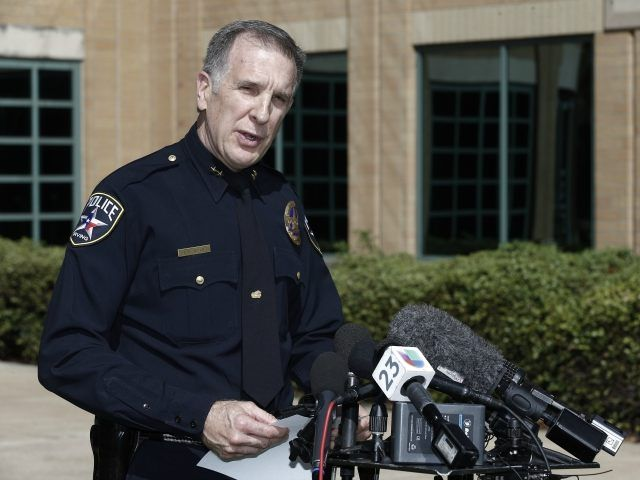 Texas Police: Mohamed 'Clock' Suspected as Hoax Bomb - Breitbart