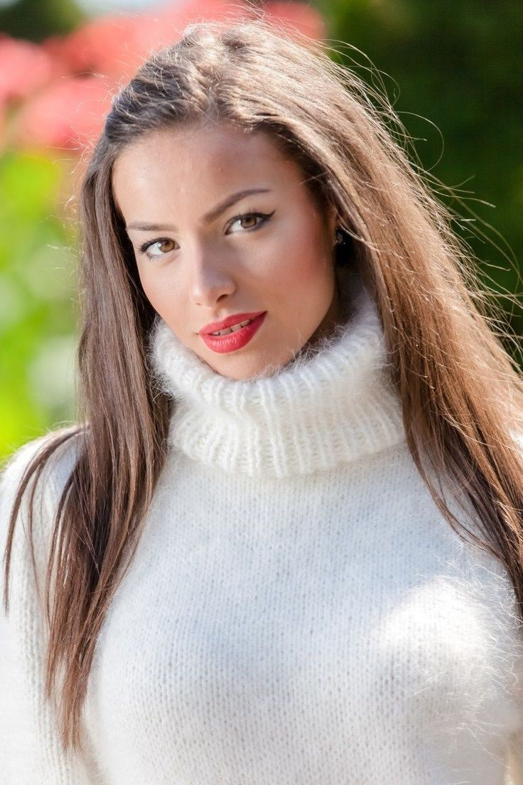 834 Best Women In Sweaters Images On Pinterest Beautiful