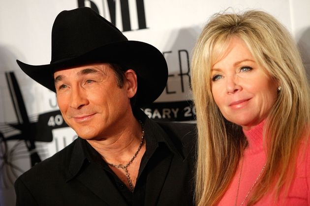 17 best images about weddings to have to hold on for Is clint black and lisa hartman still married