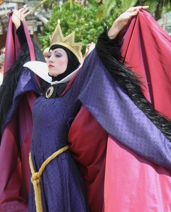 Cómo hacer el disfraz de bruja de Blancanieves