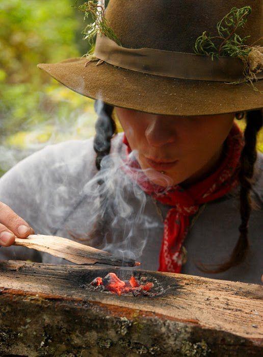 Making a coal-burned bowl.