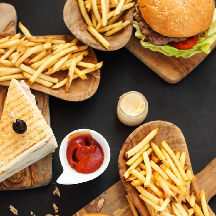 Antibiotics in Fast Food: See How 25 Top Chains Rank by @draxe