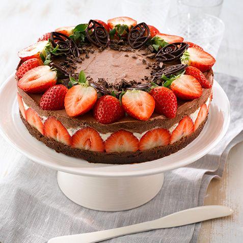 Jordbær- og sjokolademoussekake