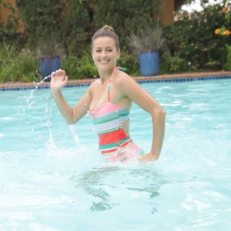 Before you break out the poolside margaritas, get a quick workout session done - without ever having to leave the water! This five-move pool circuit will bring the heart rate up and also tone your lower body, thanks in large part to the resistance the water adds to each exercise. Related Stories: Summer Dream Workout - in a Pool!