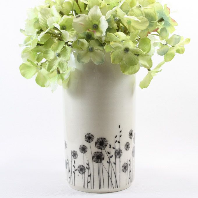 Ceramic Pot/Vase - Flowers from Raw Ceramics via The Third Row