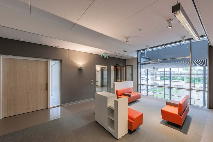 Meander Medical Centre – Netherlands / Multifloor Nd Uni flooring https://www.pinterest.com/artigo_flooring/multifloor-nd-uni/