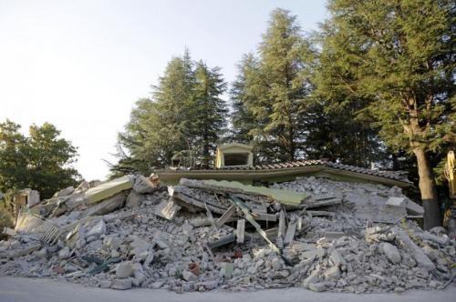 Cronaca: #Terremoto #Centro #Italia niente tasse nei comuni colpiti fino al 20 dicembre (link: http://ift.tt/2c9Sv5W )