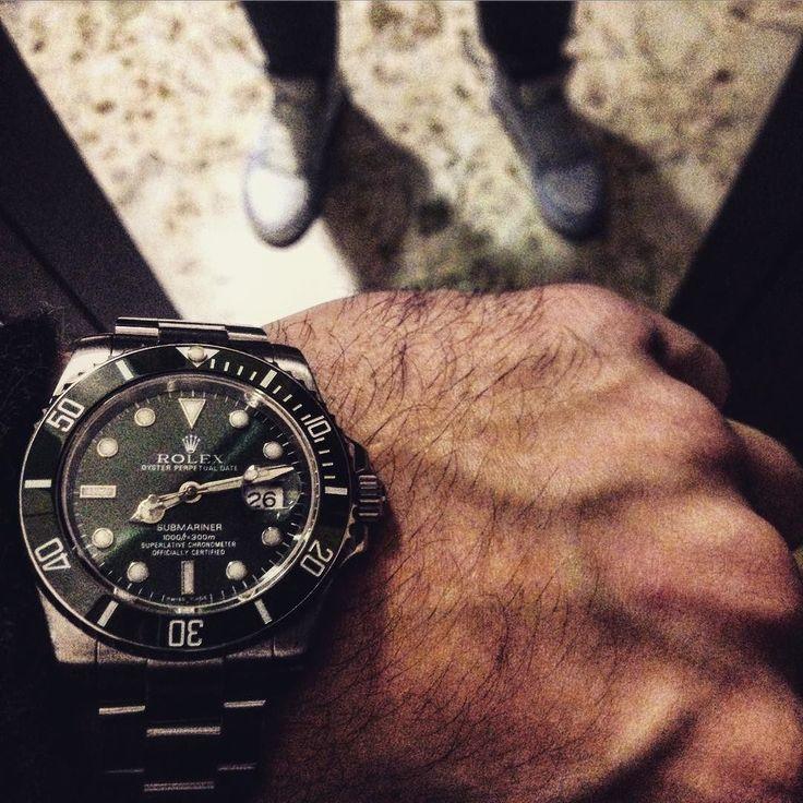 Rolex- Il verde portafortuna #Enjoy #weekend #rolex #submariner #hulk #saturday #vlv #vivalalife #chesecondotestomale #ostentazionepositiva #happiness #zen #jordan #sssainò #rolexero - via http://ift.tt/1nDrqv2