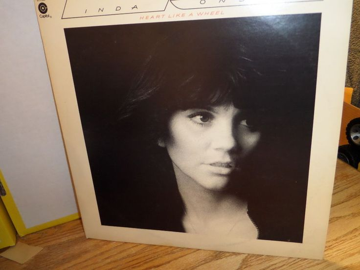 "Linda Ronstadt - Heart Like A Wheel Vinyl 1974, Capitol ST-11358 12"", 33RPM"