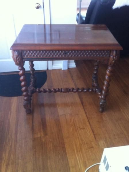 Galant Ikea Höhenverstellbar ~ Desk table Antique  Antiques  Gumtree Australia Bowral Area  Bowral