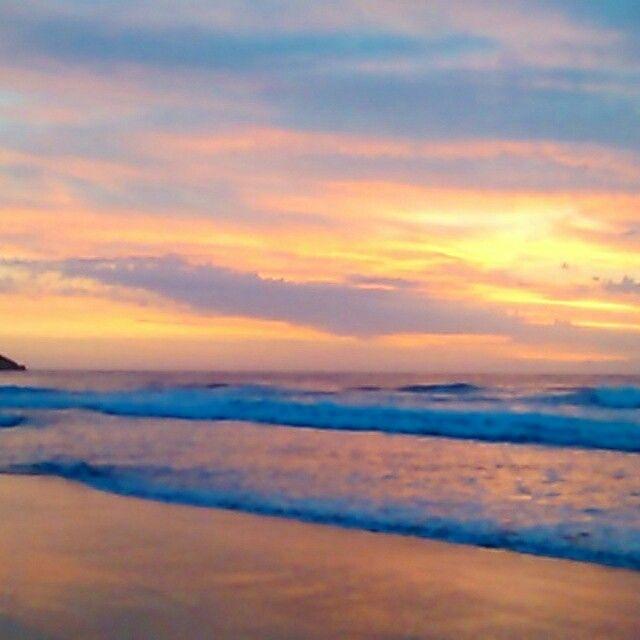 Sunrise tombo beach