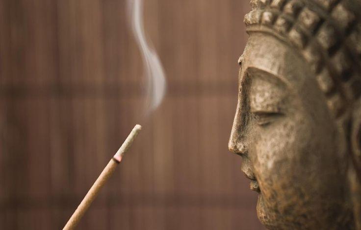 Sandalwood Incense Sticks (100 pack)