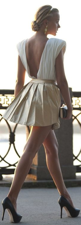Gorgeous Dress, but don't forget the heels