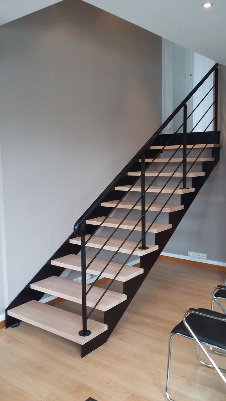Escalier suspendu design moderne 21 angers - Escaliers modernes design ...