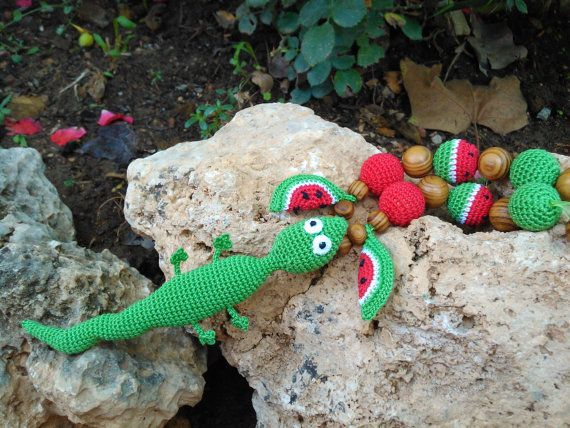 Sling necklace necklace for nursing lizard por OmGanchillo en Etsy