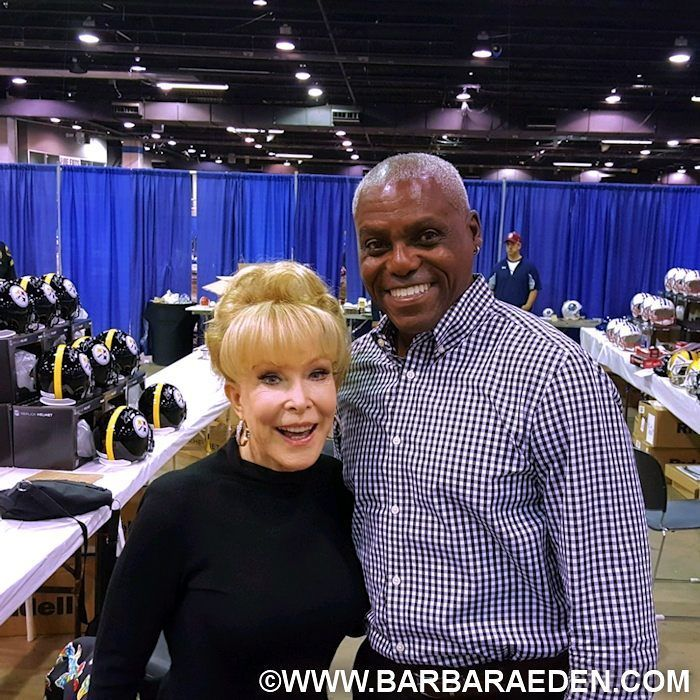I met Olympian Carl Lewis this past weekend in Chicago! Many more pics coming soon! XO -Barbara #carllewis #olympicathlete #olympic #sports #barbaraeden #idreamofjeannie #harpervalleypta #chicago