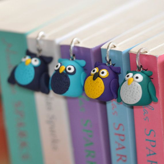 Kovacsovics: colorful owl bookmarks made of polymer clay on Etsy.