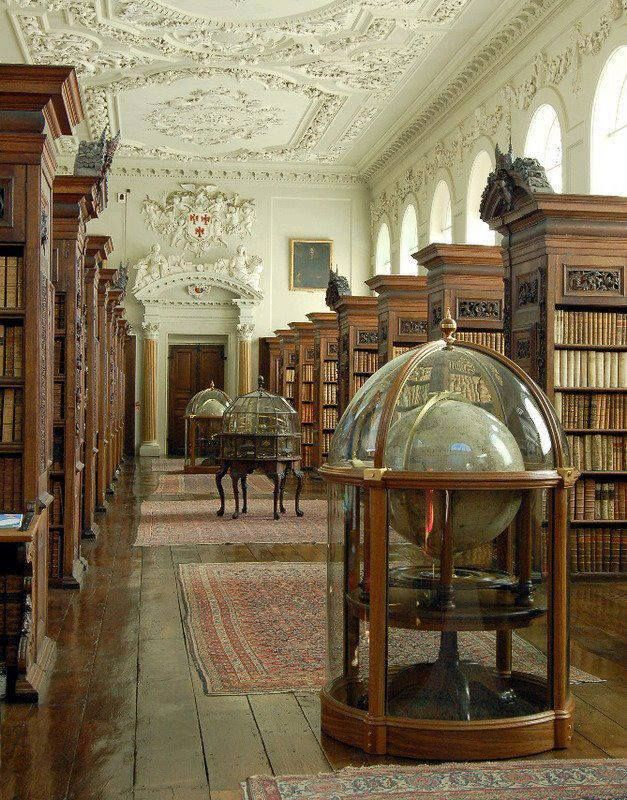Queen's College Library, Oxford #libraries