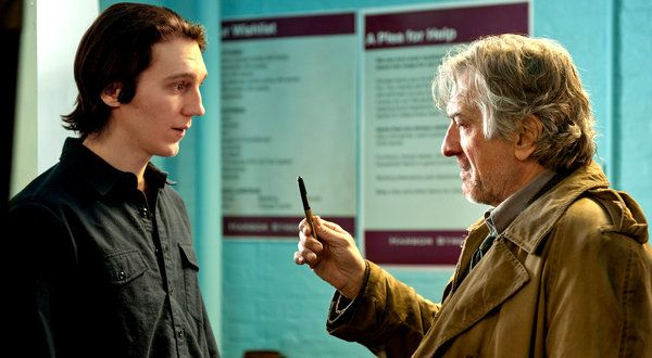 A Father and Son Reunion on the Way to the Abyss  Paul Weitz's 'Being Flynn,' Starring Robert De Niro