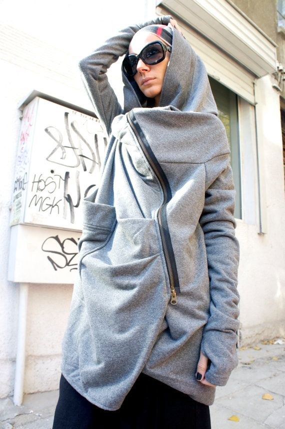Luce grigio stravagante Hoodded cappotto asimmetrico / cotone