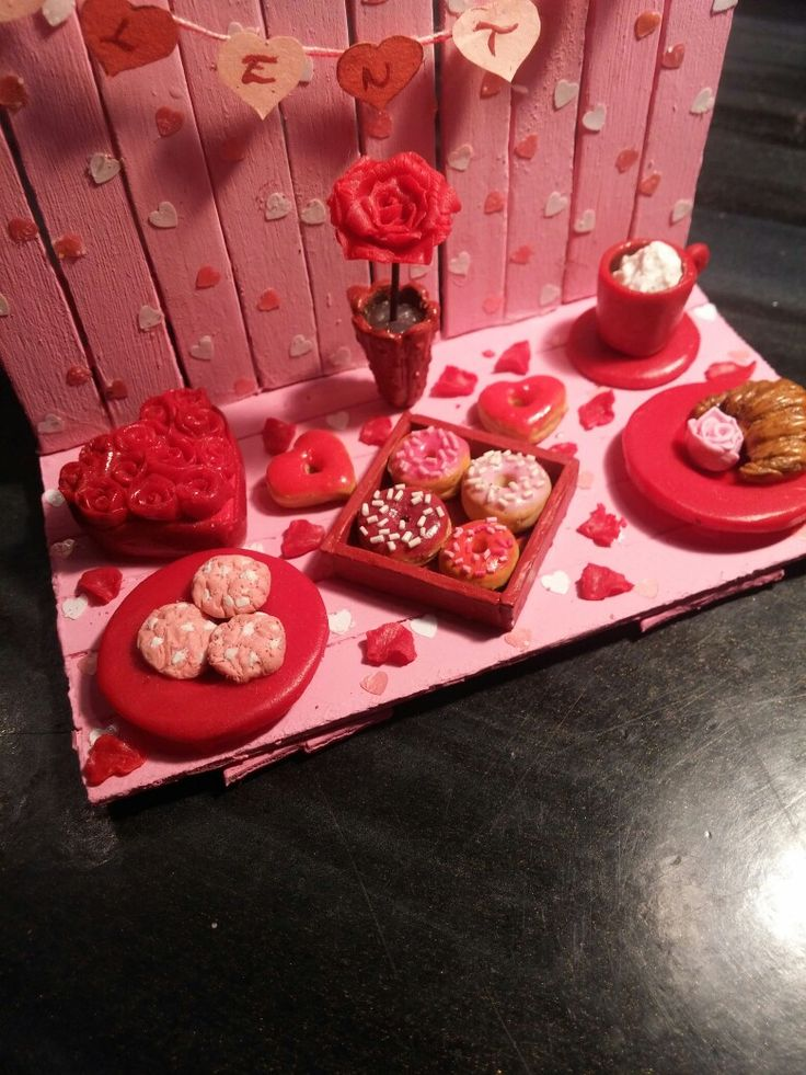 Valentine miniature