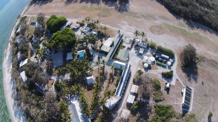 #ladyelliotisland Aerial Resort Shot | Photo by Andreas Supper #thisisqueensland #australia