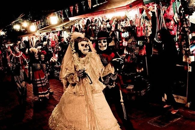 """20 Amazing Festivals Around The World That You Should See Before You Die  Dia De Los Muertos — Celebrated by Mexicans – Nov. 1   Dia de los Muertos, or """"The Day of the Dead,"""" celebrates All Saint's Day, which remembers all those who have passed before us. A colorful display of costume and culture, Dia de los Muertos is a day you don't want to miss. These Mexican festivals are held throughout the world, but a few of the bigger celebrations take place in Mexico City and Los Angeles."""