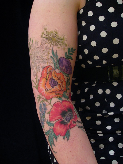 Poppies and Queen Anne's Lace by Esther Garcia of Butterfat Tattoo.