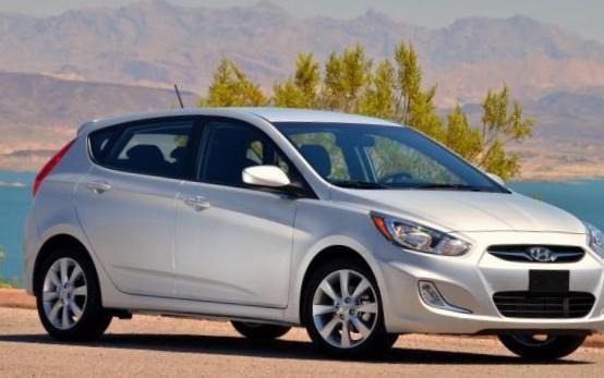Accent Hatchback Hyundai models - http://autotras.com