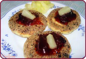 Сырники с изюмом #творог #сырники #сырникистворогом #изюм #сырникисизюмом